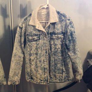 Jackets & Blazers - Oversized vintage jean jacket